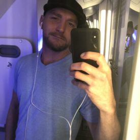 Not enough time on a short flight to even take some dick pics in the bathroom. They made me chug my drink haha